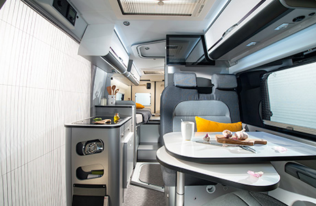 Adria Twin 600 SLT in Titan