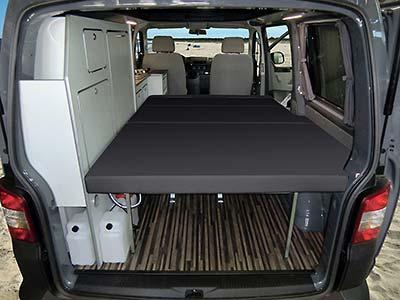 Campingbus SportCamper Fun auf Volkswagen Transporter 5 - das Schlafzimmer