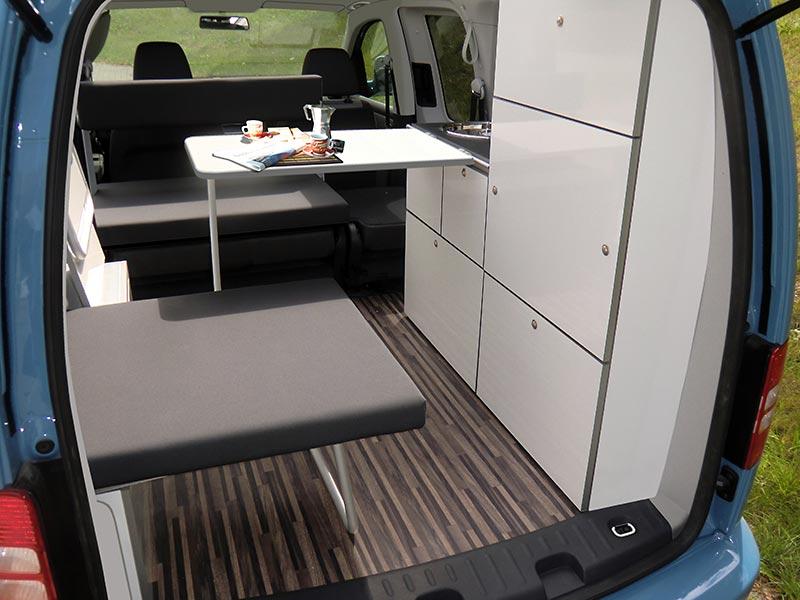 umbau zum camper bei angelieferten basisfahrzeug vw caddy. Black Bedroom Furniture Sets. Home Design Ideas