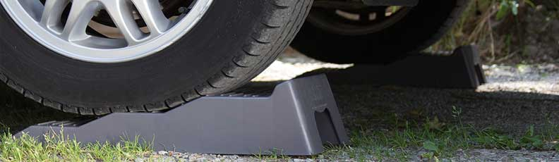 Motorhomoe Levelling Ramps - Motorhome Wheel Chocks - Camper Wheel Chocks