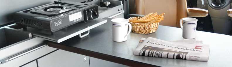 Kleine Räume Nutzen! Mit Wandhalterung Und Schienen Den Tisch Flexibel  Gestalten.