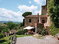 Rent a motorhome and have breakfast in Tuscany