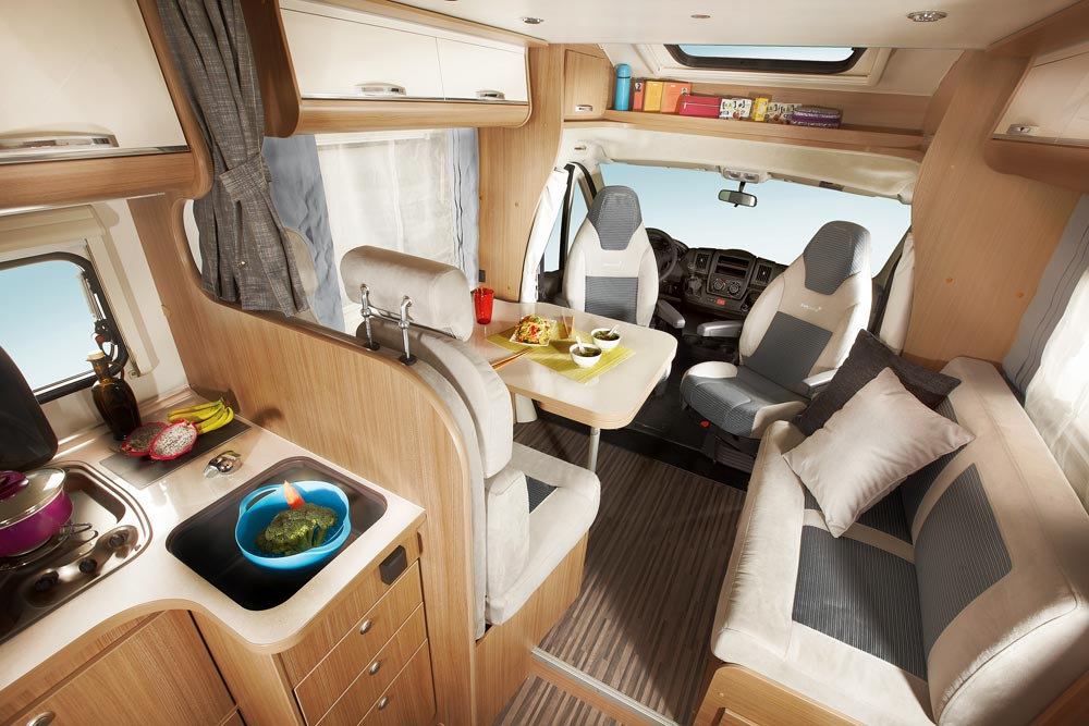 wohnmobile von adria hymer sun living phoenix concorde. Black Bedroom Furniture Sets. Home Design Ideas